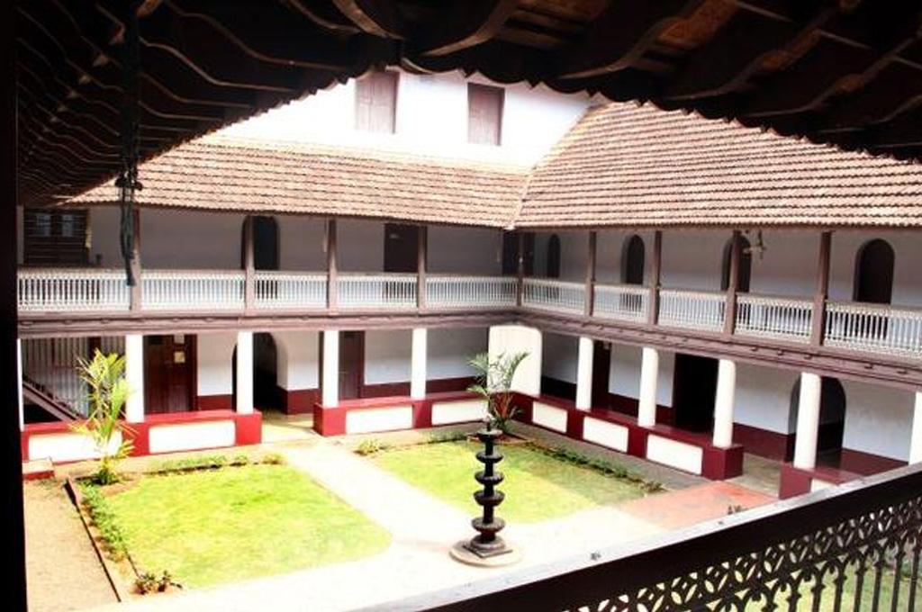 pazhaya-seminary